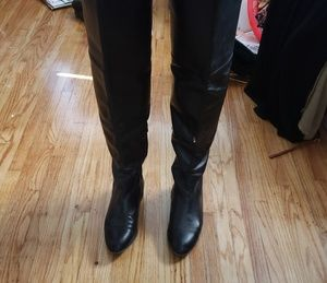 FINAL PRICE!!OVER THE KNEE FLAT LEATHER BOOTS